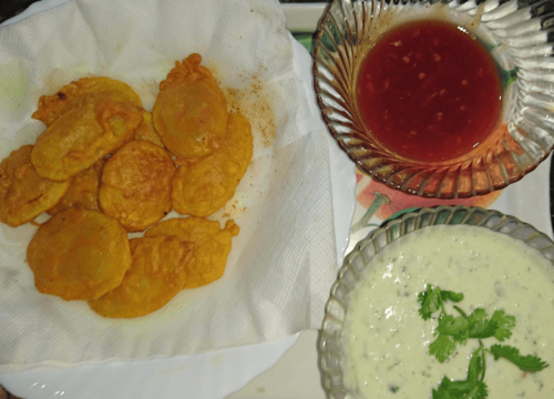 Delicious Aloo Ki Kachori Pakistani Food Recipe (With Video)