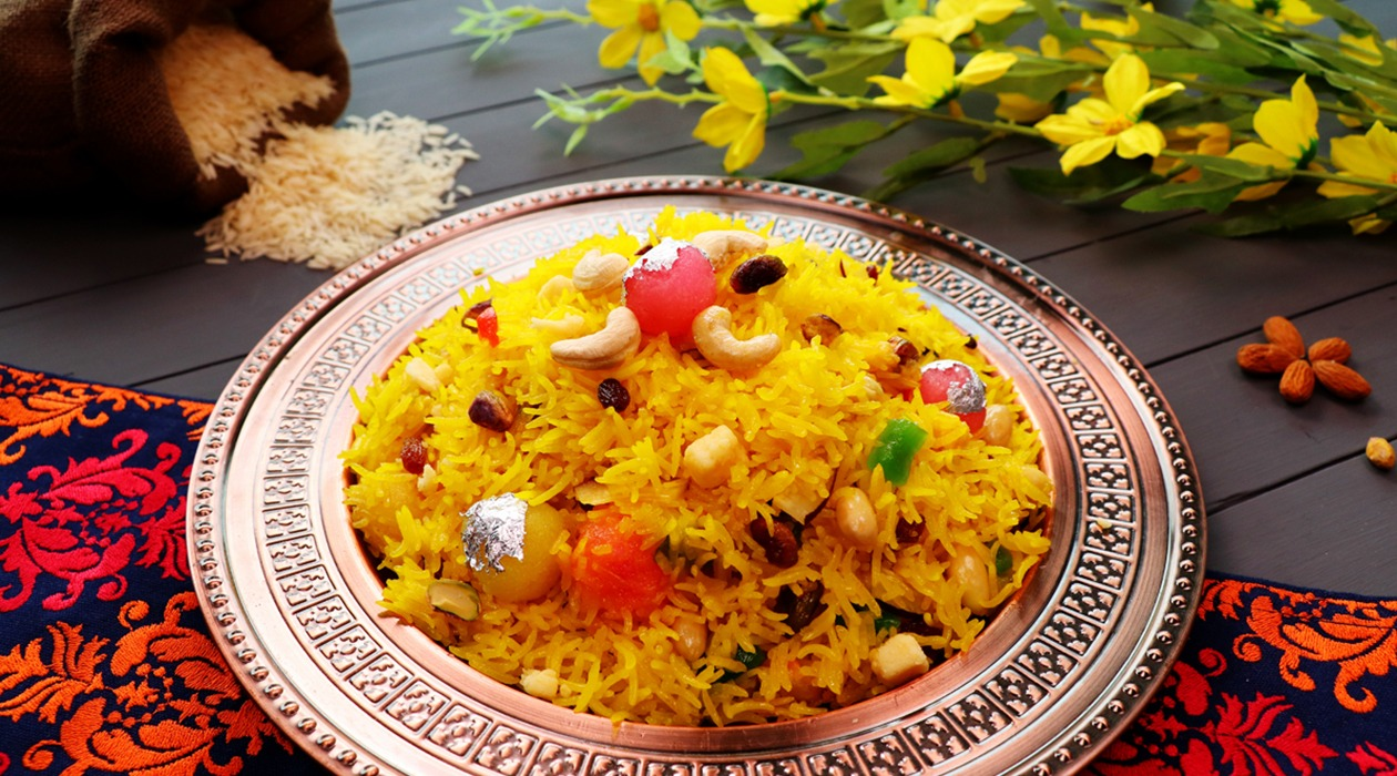 Shahi Zarda (Sweet Rice) Pakistani Food Recipe (With Video)