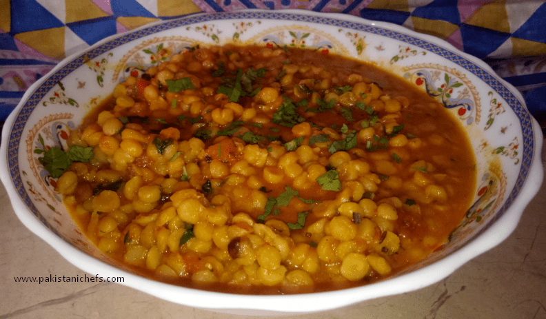 Chana Dal Dhaba Style Pakistani Food Recipe (With Video)