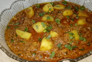 Tasty Aloo Keema Pakistani Food Recipe (With Video)