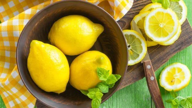 Lemon Scrub For Face: How To Use Lemon Scrub?