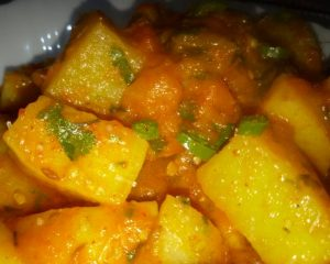 Delicious Aloo Ki Sabzi Pakistani Food Recipe