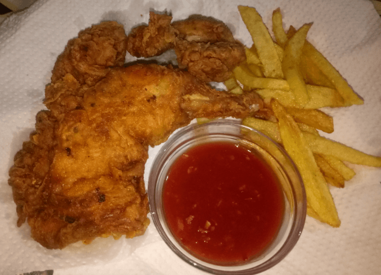 Delicious Fried Chicken Al Baik Style Pakistani Food Recipe (With Video)