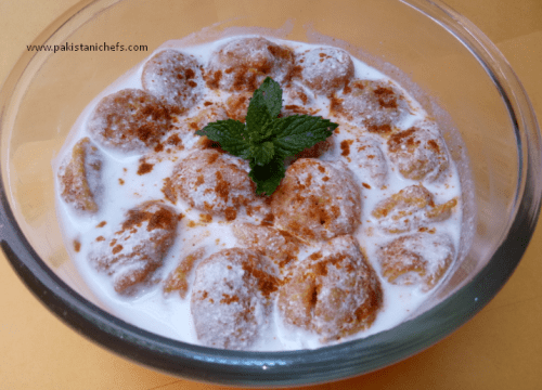 Easy & Tasty Dahi Baray Pakistani Food Recipe (With Video)