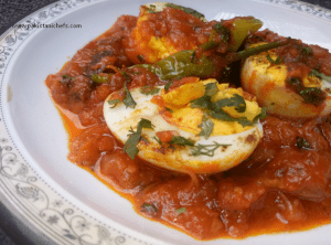 Easy & Tasty Egg Curry Pakistani Food Recipe (With Video)