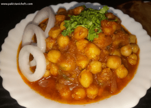 Tasty Channa Masala Gravy Pakistani Food Recipe (With Video)