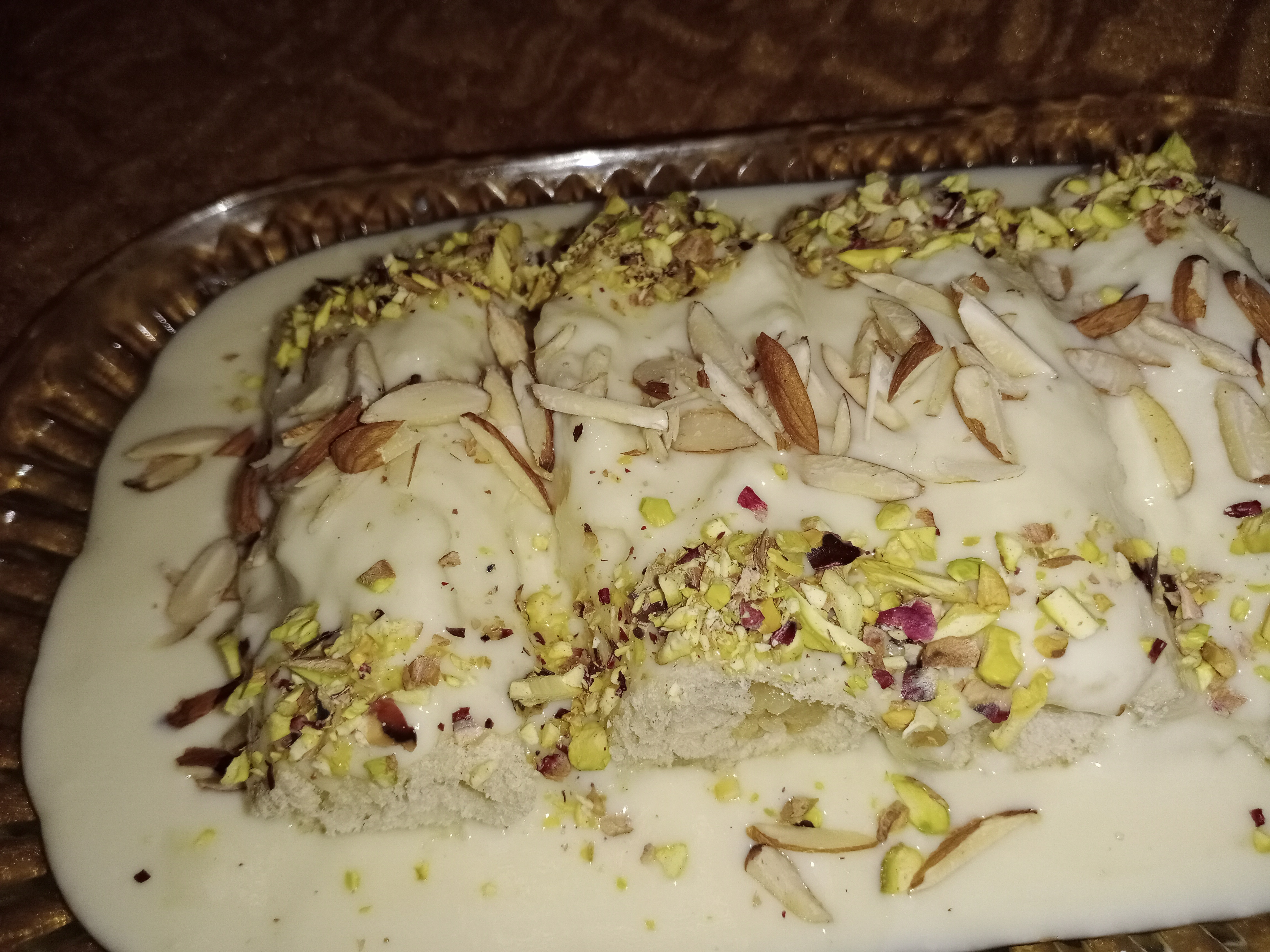 Bread Malai Roll Pakistani Food Recipe (With Video)