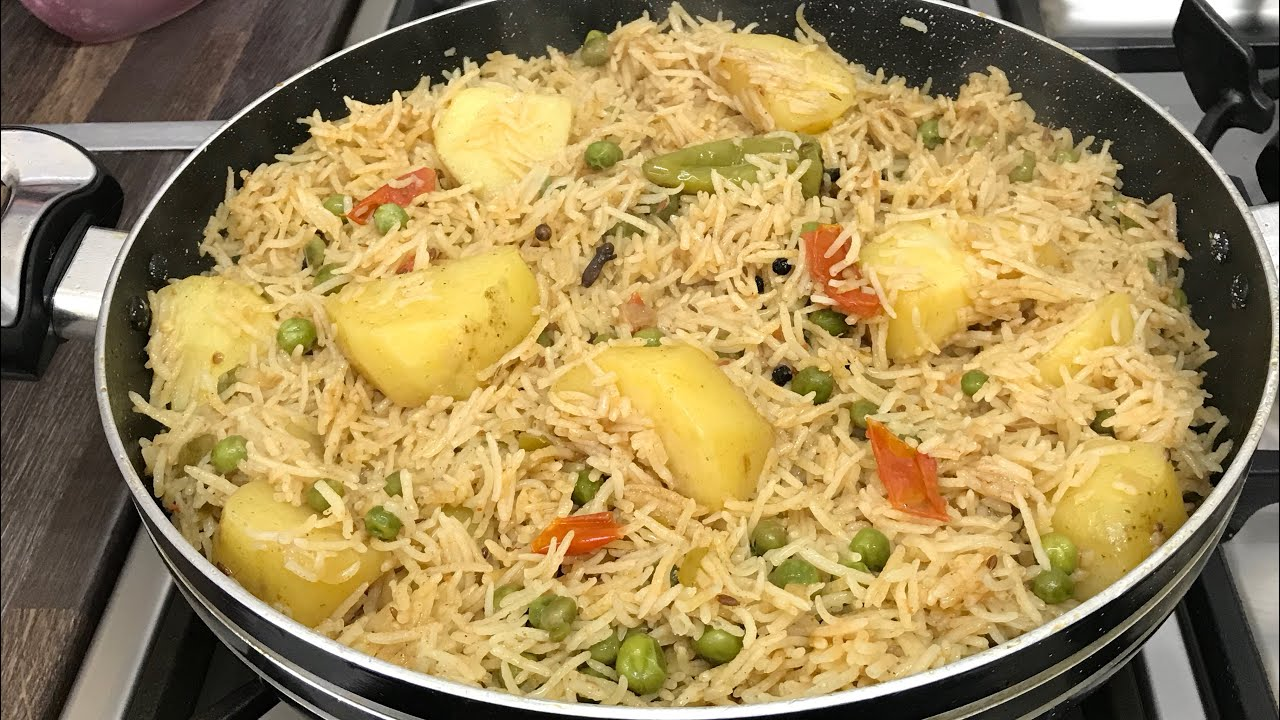 Easy & Tasty Aloo Matar Pulao Pakistani Food Recipe