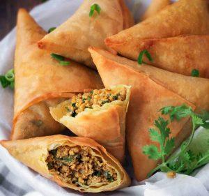 Easy & Tasty Keema Samosa Pakistani Food Recipe